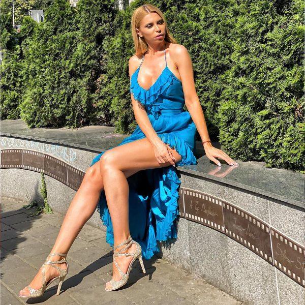 rochie-vaporoasa-de-vara-albastra-1