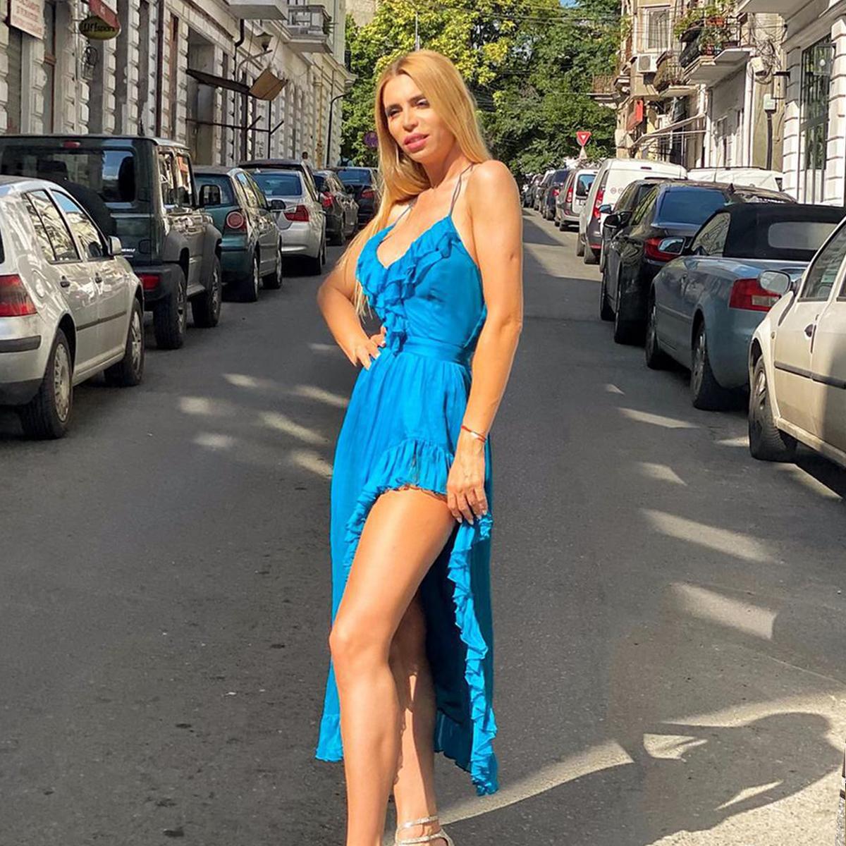 rochie-vaporoasa-de-vara-albastra-2